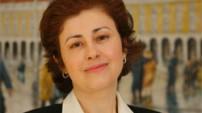 <h3>Cristina Costa Ferro</h3> Licenciada pela Faculdade de Direito da Universidade Nova de Lisboa em Outubro de 2007. Advogada inscrita na Ordem dos Advogados desde Abril de 2011. Solicitadora inscrita na Câmara dos Solicitadores de Abril de 1992 a Novembro de 2008. Licenciatura em Relações internacionais pelo I.S.C.S.P./Universidade de Lisboa em 1996.